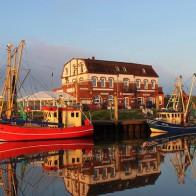 Nordseeinsel Pellworm Hafen Sonnenuntergang Cafe Anticus